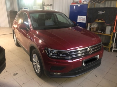 Установка автосигнализации Pandora 3910Pro с автозапуском на VW Tiguan защита от угона