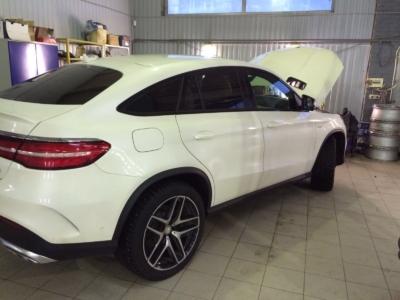 Установка охранного комплекса и функции бесключевого доступа на Mercedes GLE Coupe защита от угона